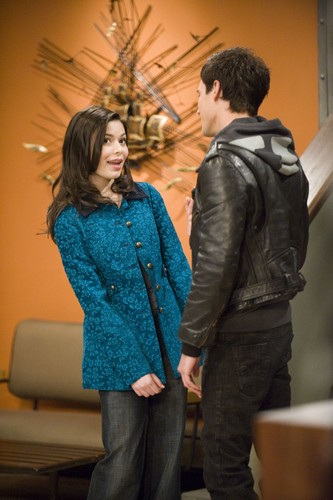 iCarly wolpeyper possibly containing a well dressed person, an outerwear, and a hip boot titled iDate A Bad Boy