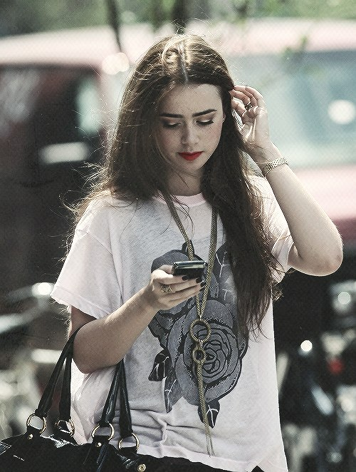 lily collins.. - Lily ...