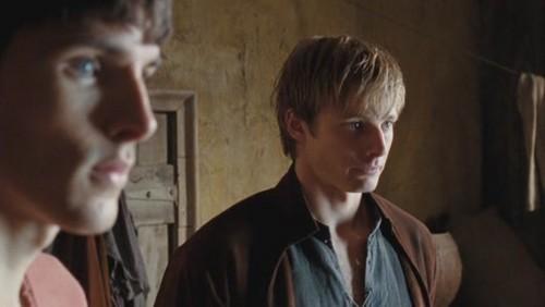 1x12- To Kill The King