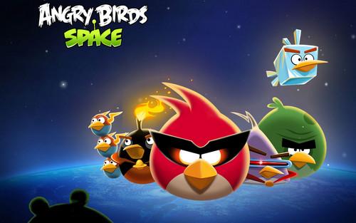 Angry Birds Space karatasi la kupamba ukuta