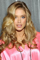 Backstage Victoria's Secret Fashion Show 2012  - doutzen-kroes photo