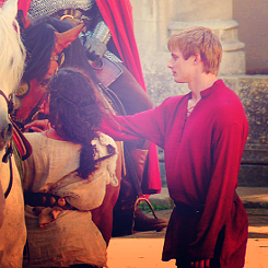 Classic Arthur and Guinevere (6)