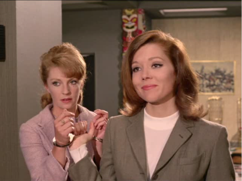 Emma Peel vs Yolande Turner