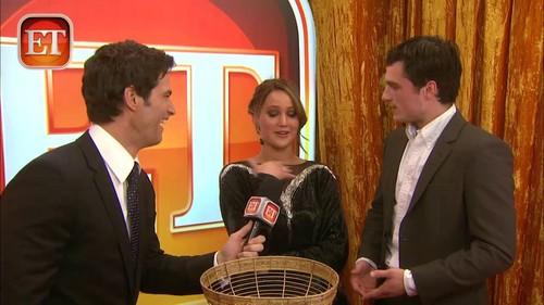 Entertainment Tonight (2013-01-09)