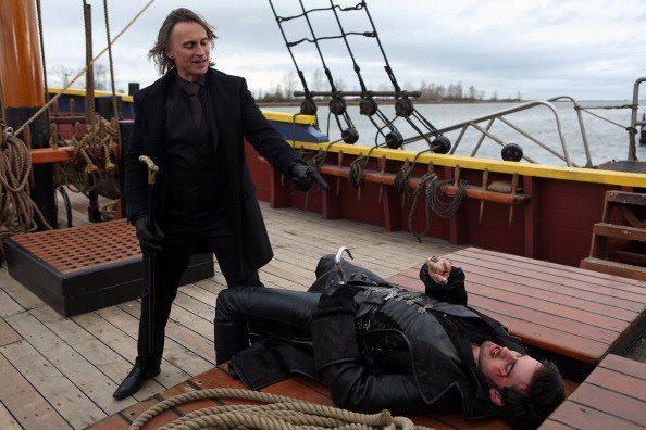 Episode 2.11 - The Outsider- Mr. Gold & Captain Hook