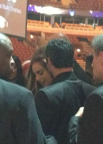 Gaga and Taylor at the Chicago Bulls charity 晚餐