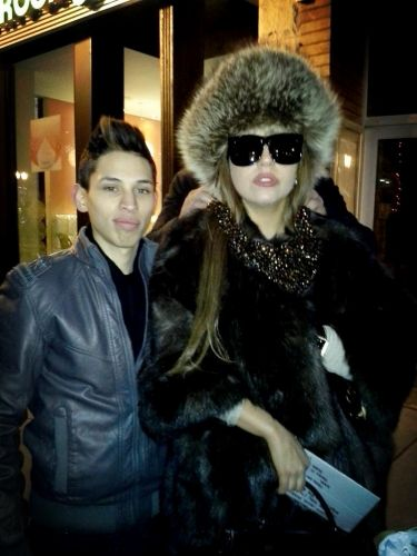 Gaga out in Chicago (6th Jan)