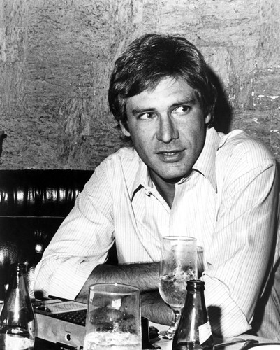 Harrison Ford वॉलपेपर possibly containing a munich beer, alcohol, and a चोली, ब्रासेरी titled Harrison Ford