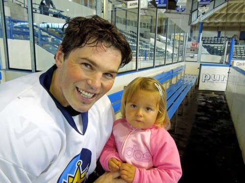 Jagr with child