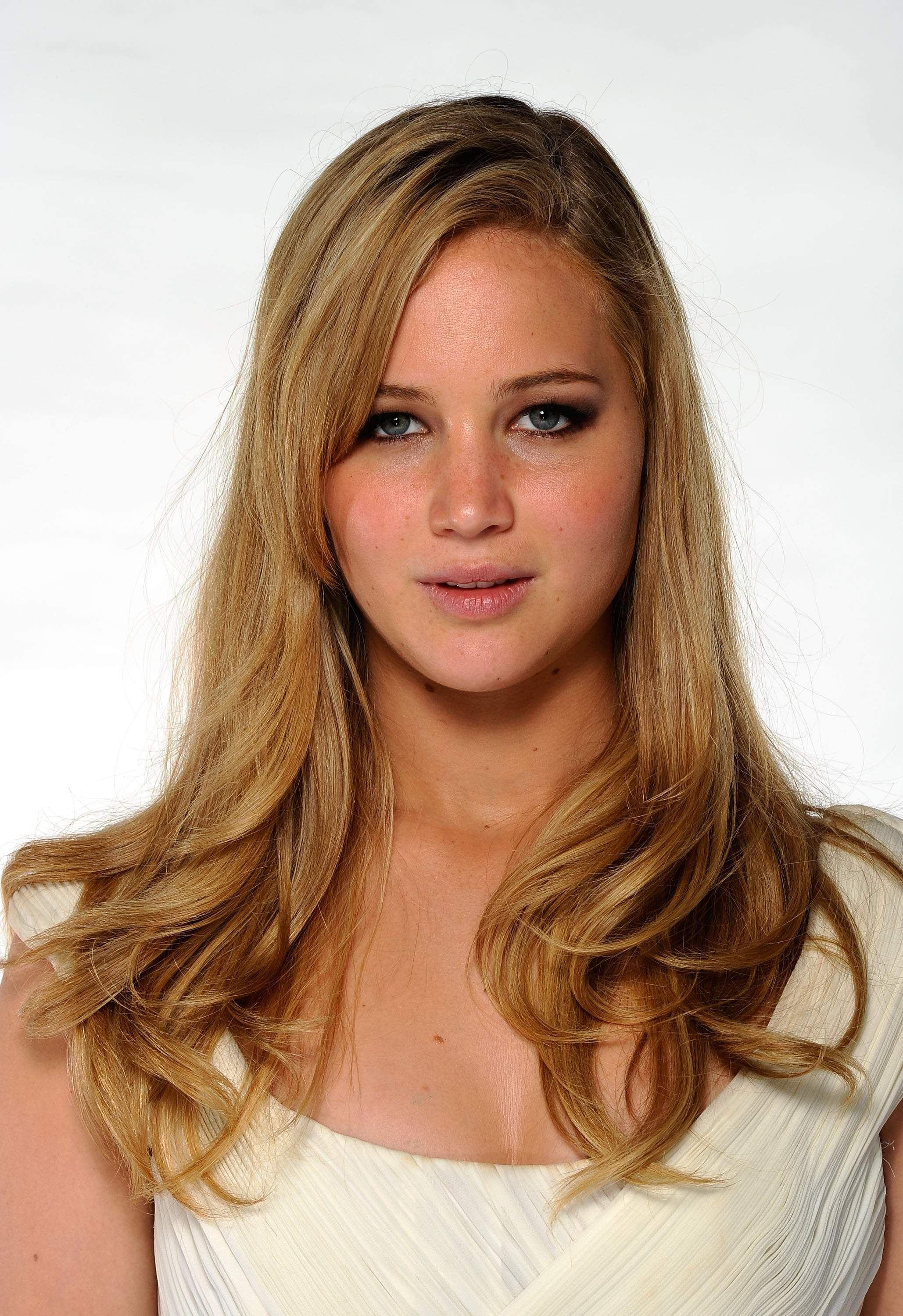 Jennifer Lawrence jennifer law