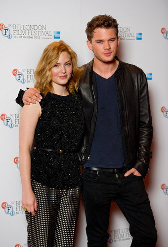 Jeremy Irvine & Holliday Grainger