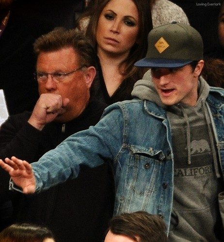 Josh Hutcherson at the Lakers game(1.11.2013)