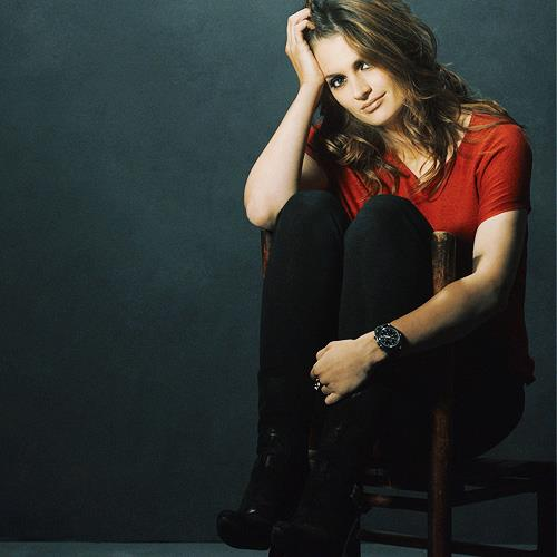 замок Обои probably with a well dressed person, a hip boot, and tights called Kate Beckett