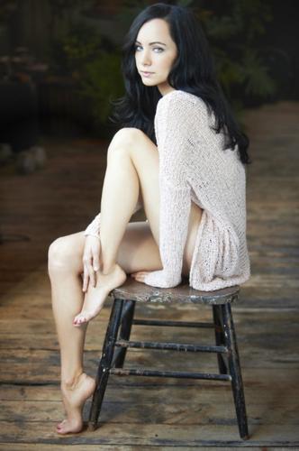 Athena Karkanis Feet Lost Girl image...