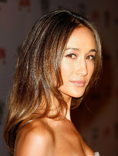 Maggie Q wallpaper with a portrait and skin called Maggie Q
