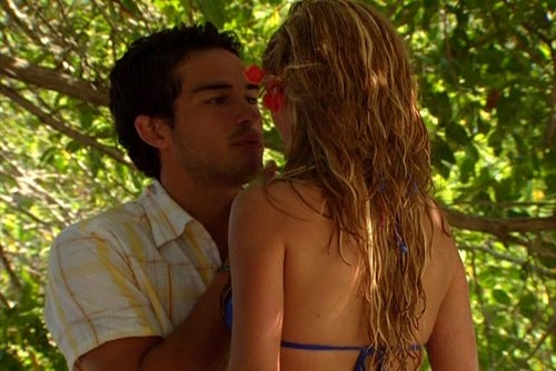 Mia Colucci & Miguel Arango 바탕화면 possibly with a bikini titled Mia and Miguel