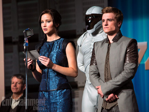 New Catching Fire promotional photo (EW issue)