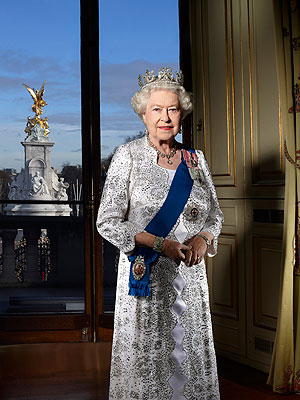 Ratu Elizabeth II kertas dinding entitled Official Diamond Jubilee portrait of Queen Elizabeth II