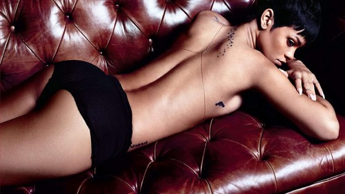 Rihanna fond d'écran containing skin called Rihanna GQ sofa