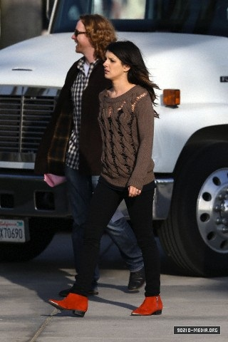 "Shenae on set of ""90210"""