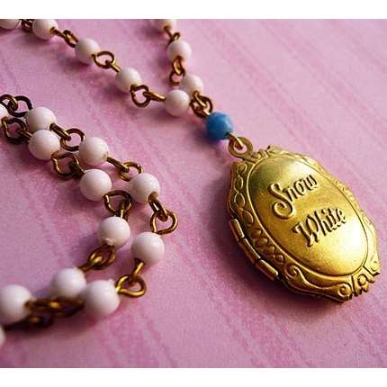 Snow White's locket