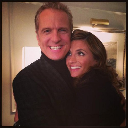 Stana and Patrick Fabian on castillo