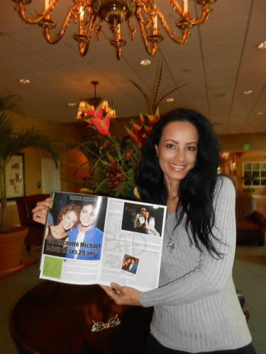 "Tatiana with ""MJ Backstage""magazine"