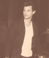 Taylor leaving the Staples center(1/9/13) - taylor-lautner fan art