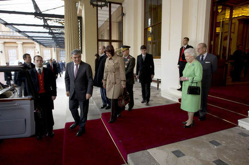The President Of Turkey Abdullah Gul Prepares To Leave After A 5 দিন State Visit To The UK