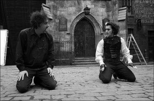 Tim burton and Johnny Depp on set