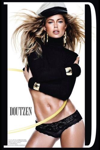 Doutzen Kroes wallpaper called Vogue Spain December 2012