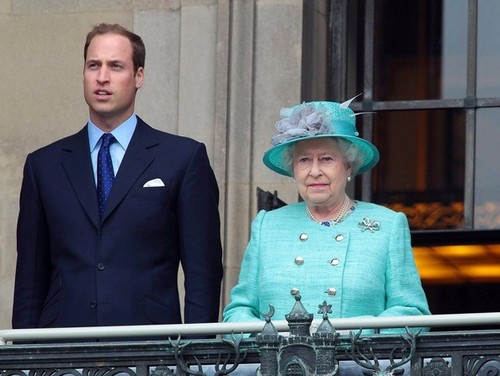 Will and Kate شامل میں the Queen in Nottingham