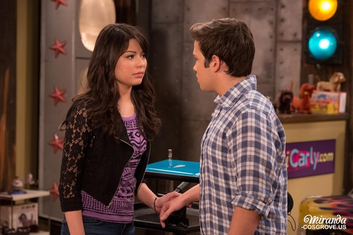 iCarly wallpaper probably containing a brasserie entitled iGoodbye