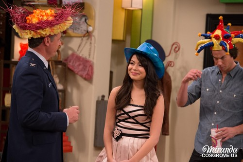 iCarly wallpaper possibly with a bonnet titled iGoodbye