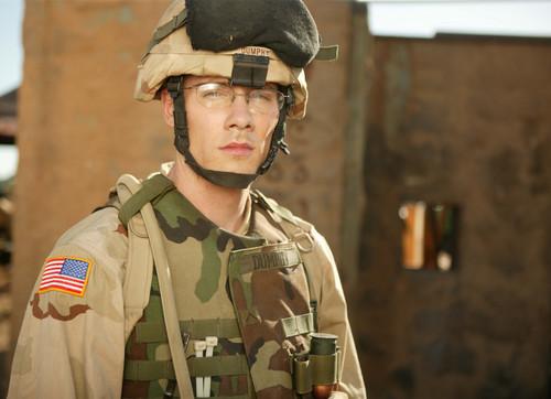 luke macfarlane soldier