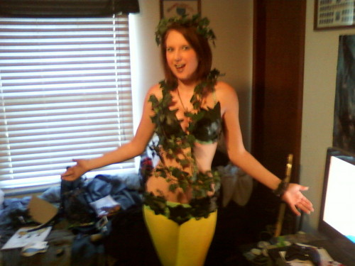poison ivy costume for comic con