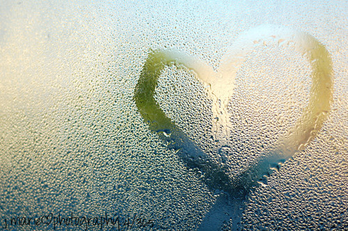 window water heart