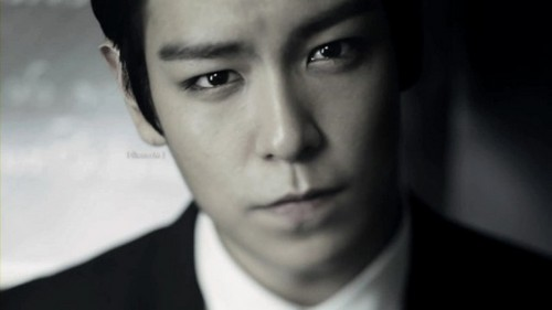 Choi Seung Hyun wallpaper with a business suit and a suit entitled ★T.O.P★