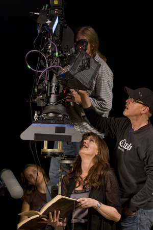 Amanda Tapping as director in Sanctuary