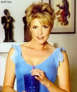 Amanda Tapping Hintergrund containing a portrait entitled Amanda