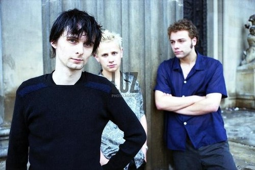 And yet, MOAR Muse pictures c:.