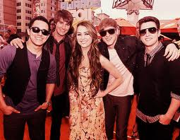 BTR AND MILEY<3