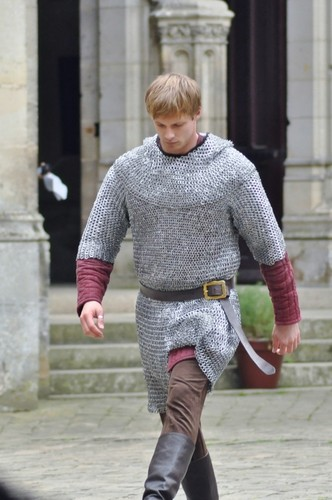 BTS:The Chainmail Strut