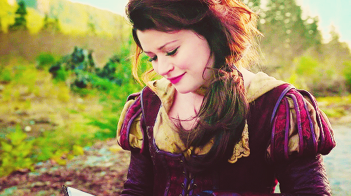 Once Upon A Time wallpaper entitled Belle