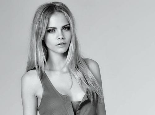 Cara Delevingne karatasi la kupamba ukuta probably with attractiveness and a portrait titled Caraツ