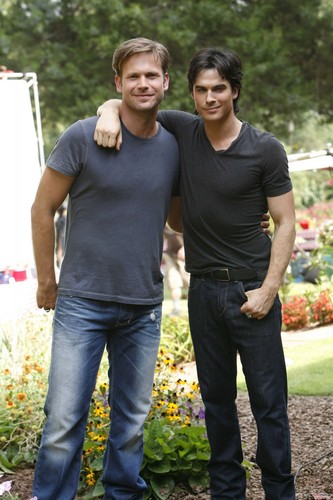 Damon and Alaric - बी टी एस