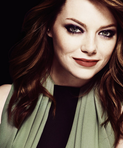 Эмма Стоун Обои probably with a portrait titled Emma Stone