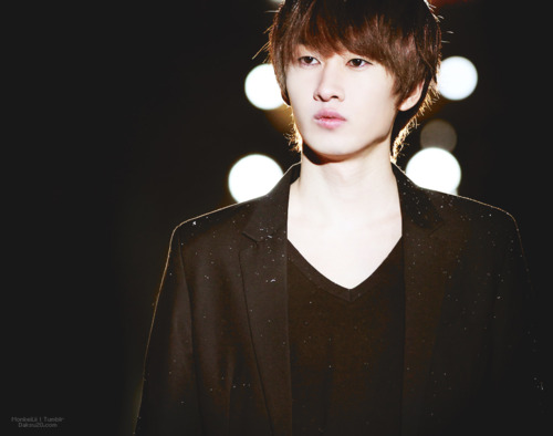 Super Junior wolpeyper titled Eunhyuk~♥