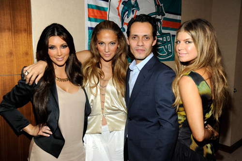 Fergie, Kim Kardashian, Jennifer Lopez [2010]