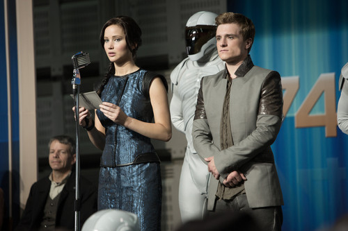 HQ Katniss and Peeta